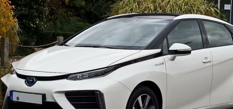 Toyota Mirai: Modelo bate recorde mundial, confira!